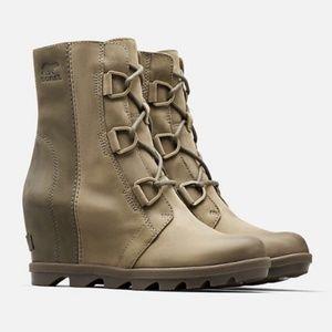 Sorel Joan of Arctic Waterproof wedge boots Green